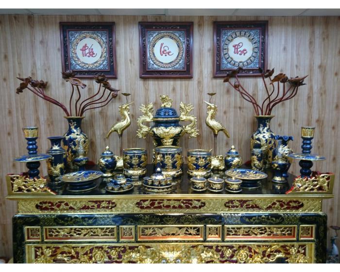 Khi nào nên thay hũ gạo, muối trên bàn thờ? Vị trí và cách đặt 1920119085