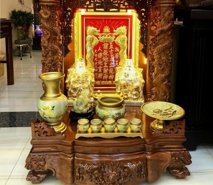 Giải đáp thắc mắc bàn thờ Thần Tài gồm những gì?  1977447496