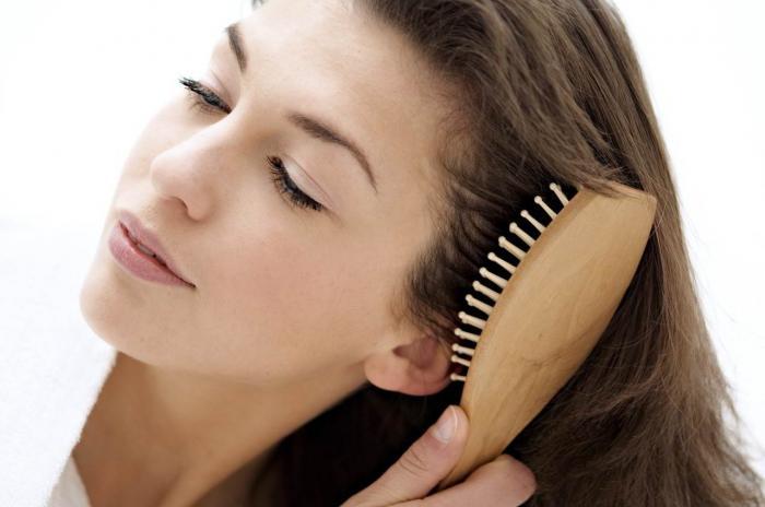 Giải đáp thắc mắc mơ thấy chải tóc đánh con gì trúng lớn? 2080826743
