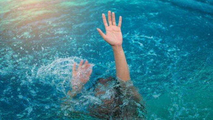 Mơ thấy em bé bị đuối nước đánh con gì giàu lên nhanh chóng?  625314812