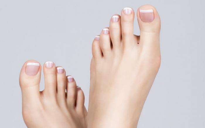 Ý nghĩa nốt ruồi ở ngón chân cái cho bạn biết điều gì? 1458526702
