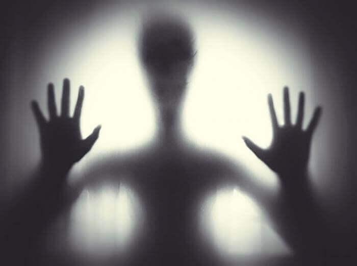 Mơ thấy ma có ý nghĩa gì? Điềm báo gì? 2013259434