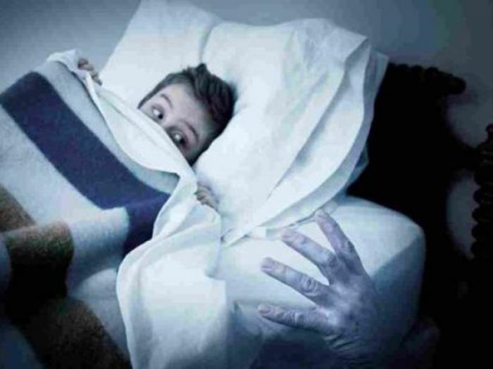 Nằm mơ thấy nói chuyện với người đã chết mang điềm báo gì? Đánh con đề gì trúng lớn? 1262315703