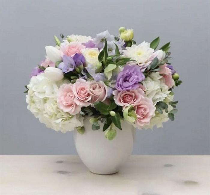 Hướng dẫn cách cắm hoa cát tường để bàn thờ đẹp và đơn giản 210996871