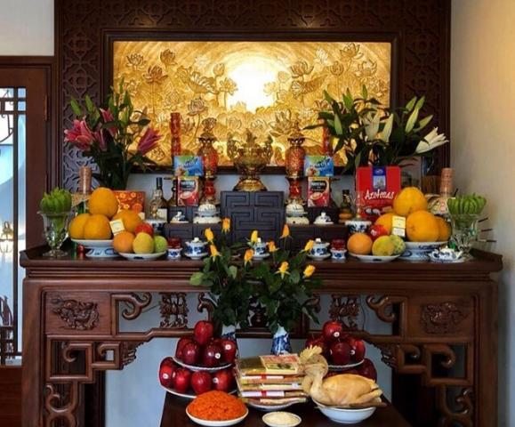 Học cách cắm hoa tết để bàn thờ rước nhiều tài lộc 2004707388