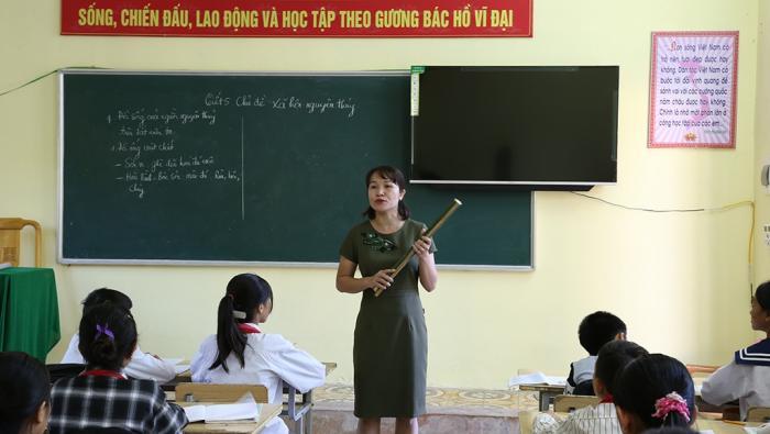 Giải mã giấc mơ thấy đi dạy học đánh con gì? 1533609062