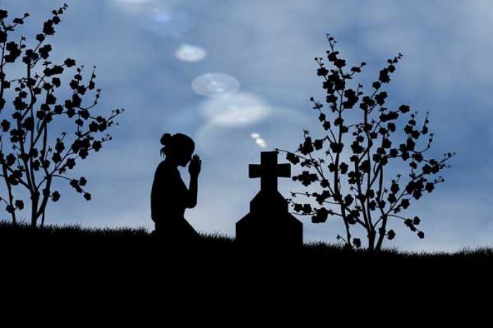 Nằm mơ thấy người chết là điềm lành hay dữ - nên đánh lô đề số nào? 1222661111