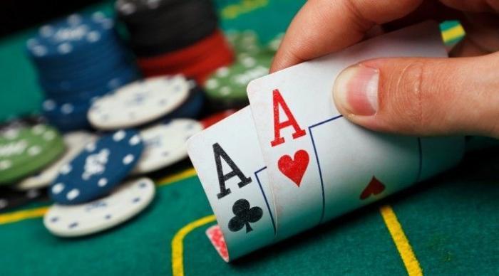 Làm như thế nào để nhận biết dấu hiệu đối thủ đánh bài bịp? 504452929