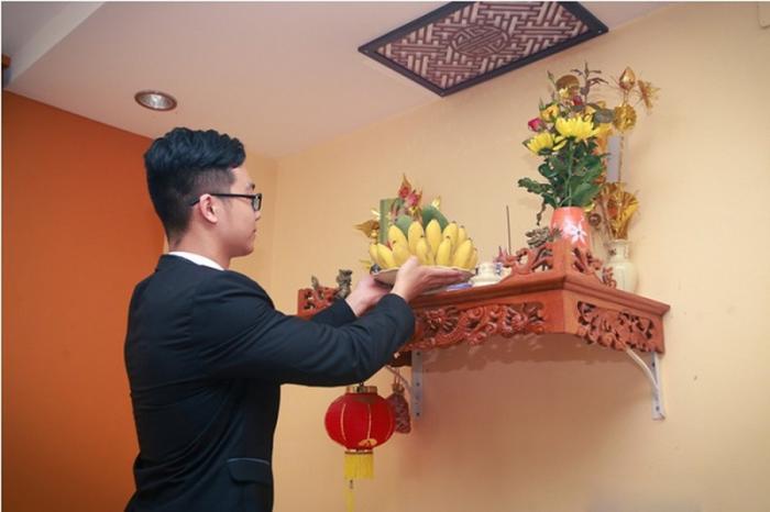 Cách tỉa chân nhang chính xác, phù hợp với văn hóa người Việt  1481120997
