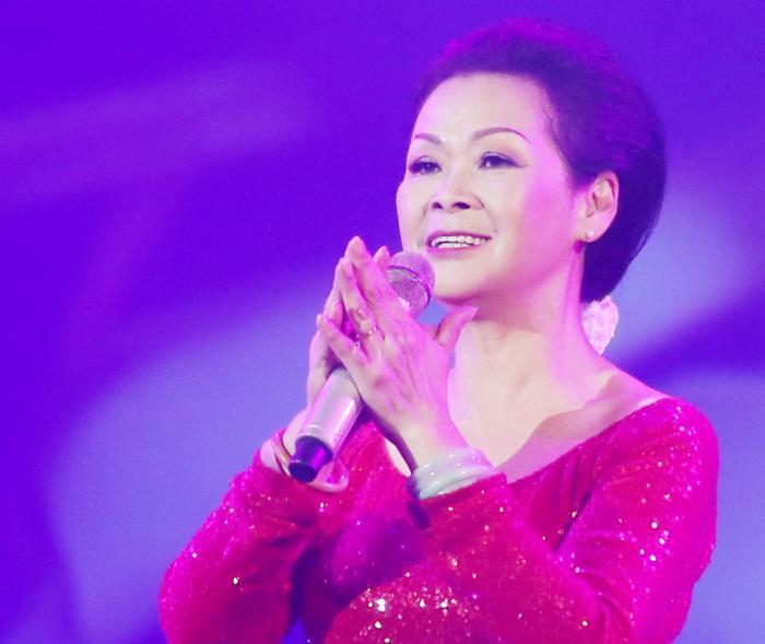 Giải mã giấc mơ thấy ca sĩ Khánh Ly và những con số có liên quan 528324658