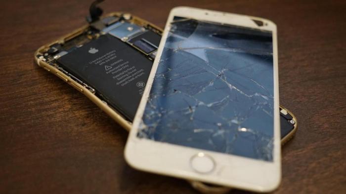 Nằm mơ thấy điện thoại vỡ đánh con gì để trúng lớn? 253294622