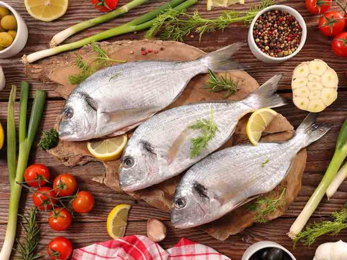 Nằm mơ thấy ăn cá là điềm báo gì? 1504902237