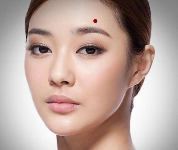 Ý nghĩa vận mệnh nốt ruồi trên mặt của nữ 460086672