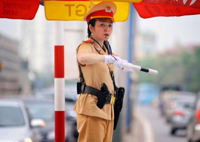 Mơ thấy công an giao thông là điềm lành hay dữ?  773157770